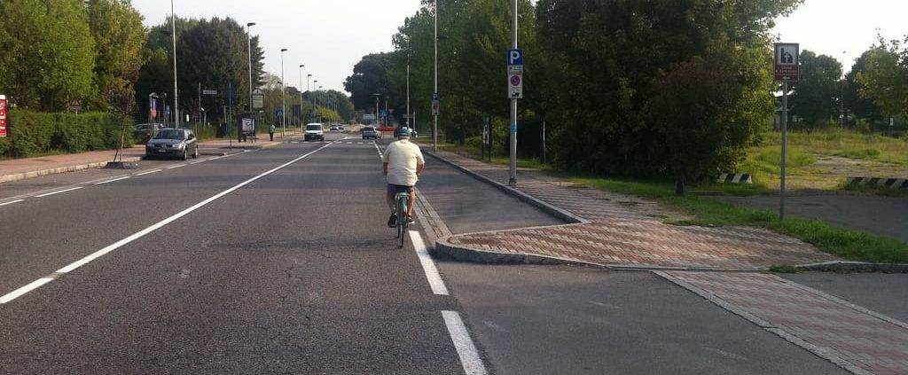 strada no ciclisti